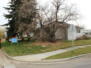 Price Reduced Corner Commerical Lot in Tofield!