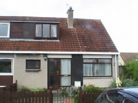2 bedroom end terrace house in stoneybank area of musselburgh
