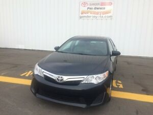 2014 Toyota Camry LE Value Pkg w/ Heated Front Seats