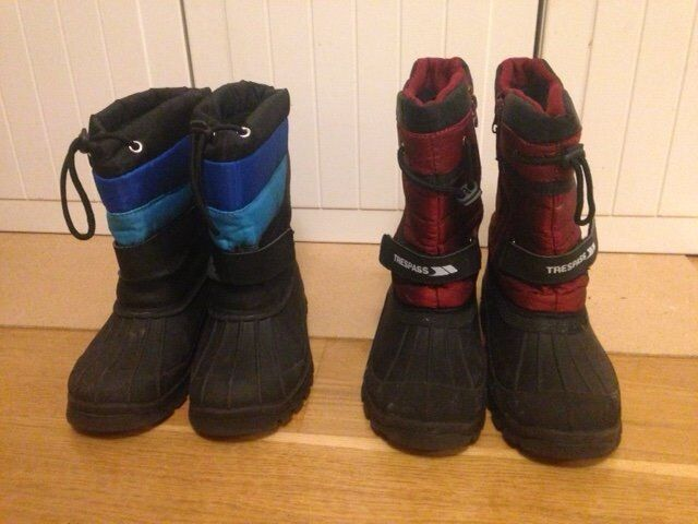 Snow boots - 1 pair adult size 4, another size 5. £3 for 1 pair, £5 for both