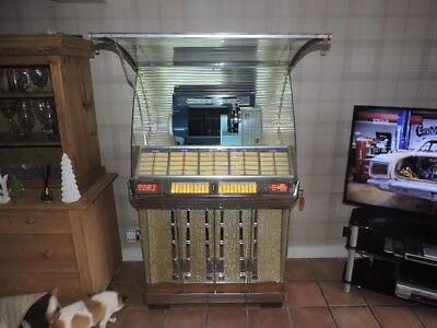 Seeburg Selectomatic 100R juke box