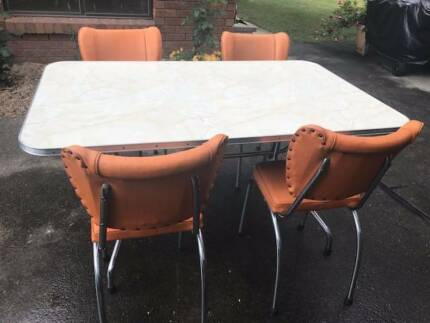 Vintage Retro 1950s Dining Kitchen Setting Formica Table 4 Chairs