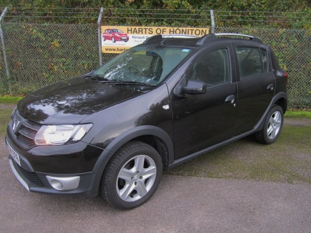dacia sandero stepway 1 5 laureate dci turbo diesel 5dr black 2014 in honiton devon gumtree. Black Bedroom Furniture Sets. Home Design Ideas