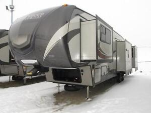 Clearance Sale - Keystone Sprinter 353 5th Wheel