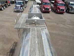1987 HUTCHINSON 5 AXLE STAINLESS STEEL TANKER Kitchener / Waterloo Kitchener Area image 15