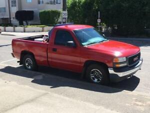 2001 GMC Sierra short box, Low kms