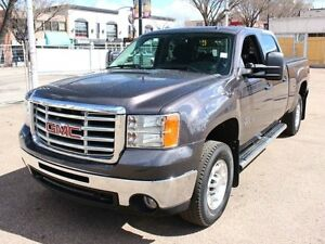 2010 GMC Sierra 2500HD 1 OWNER DURAMAX LOW KM FINANCE AVAILABLE