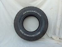 Land Rover Tyre 265/75/16