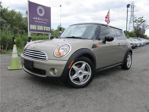 "2009 MINI Cooper Hardtop Classic "" PANORAMIC ROOF"" NO ACCIDENTS"