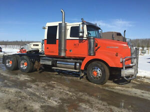 Trucks, Trailers & Heavy Equipment for Sale