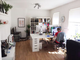 3-4 desk space in Creative Studio in the Heart of Clerkenwell for Rent