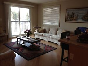Fully Furnished Condo, $1600, Heat & Water inc, Available May 1
