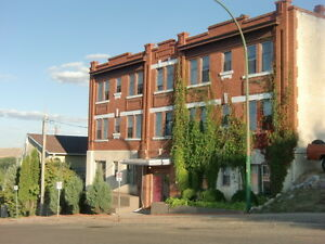 2 Bedroom Apartment For Rent In Lovely Character Building!