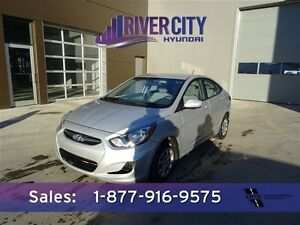 2014 Hyundai Accent L GREAT FUEL ECONOMY Navigation (GPS),  Leat