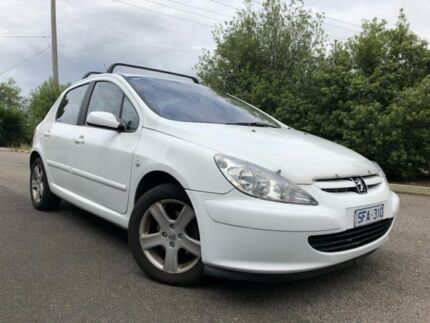 2003 Peugeot 307 1.6 White 4 Speed Automatic Hatchback Hoppers Crossing Wyndham Area Preview