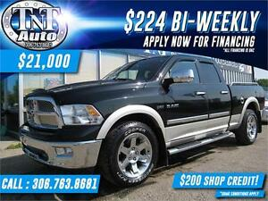 2010 RAM 1500 Laramie Quad Cab 4X4 HEATED LEATHER-NAV-SUNROOF!