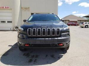 2015 Jeep Cherokee TRAILHAWK 4X4  - Sunroof - Navigation