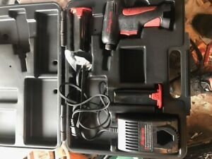 SNAP-ON CORDLESS SCREW DRIVER