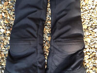 Ladies motorbike trousers (textiles)