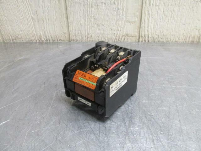 Klockner-Moeller DIL 0-22-NA Motor Contactor 33 Amp Open 600 Volt 10 HP 3 PH