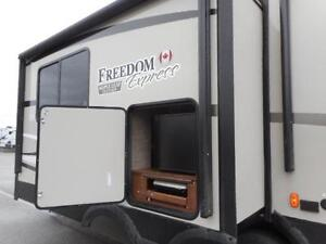 2017 FREEDOM EXPRESS 293 RLDS - REAR RECLINERS TRAVEL TRAILER Edmonton Edmonton Area image 15