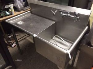 Stainless steel single sink with side extension! Study commerica