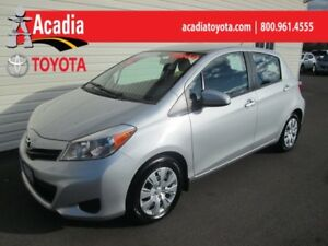 2014 Toyota Yaris LE **FREE WINTER TIRES**