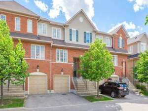 Absolute Show Stopper! 3 Bed Townhouse