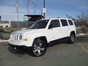 2016 Jeep PATRIOT High Altitude 4X4 (9000 KM, LEATHER, MOONROOF)