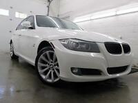2011 BMW 328i xDrive NAVIGATION BLANC LUXURY 83,000KM