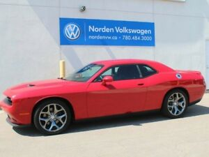 2016 Dodge Challenger SXT PLUS V6