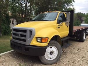 2004 Ford F750 Tilt Deck Safetied and Great Condition