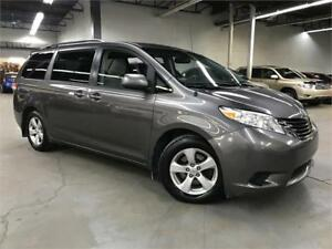 TOYOTA SIENNA LE 2011/ 7 PASSAGERS / CAMERA / DEMARREUR !!