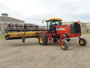 2012 NH H8060 Swather 36', 2 Roto Shears, Roller, Ez-Pilot,524hr Regina Regina Area image 2