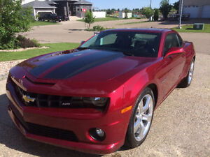 2010 Chevrolet Camaro 2SS Immaculate, Leather, 20' Wheels