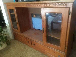 Wall unit entertainment cabinet