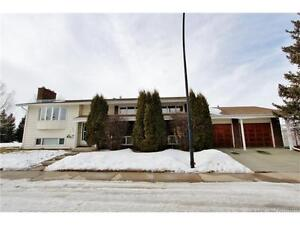 Next to a Green Space! FULLY DEVELOPED 1486 sqft 5BDRM, 3BTH