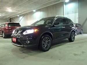2016 Nissan Rogue SL PREMIUM AWD, NAV, Leather, Roof,