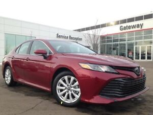 2018 Toyota Camry LE Upgrade Package 4dr Sedan