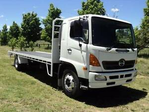 HINO FG WITH NEW 8M TRAY 2005 Armidale City Preview