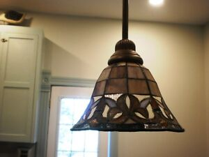 Tiffany-style Stained Glass Pendant light fixture NEW IN BOX