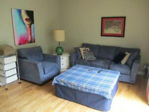 Large Bedroom Available for Rent in Downtown London London Ontario image 1