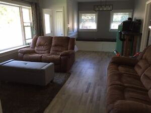 ***ALL INCLUSIVE*** 3 bed mainfloor apartment  MAC STUDENTS