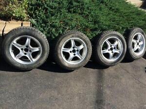 4 mags et pneus hiver 185/65/14 Yaris-Écho-Accent-Rio-etc