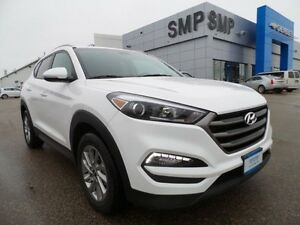 2016 Hyundai Tucson Premium AWD, Bluetooth, power options, alloy