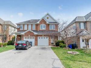 Beautiful 3 Bed 3 Bath Semi in Mississauga