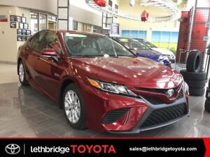 2018 Toyota Camry SE Text 403.393.1123