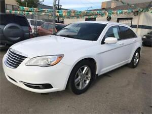 2013 Chrysler 200 Touring ***HUGE FALL SALE DISCOUNTS***