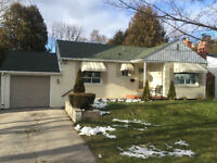 Mineola West - Meticulously kept 3 Bed Bungalow - 416.303.7589