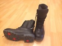 KNOX WORK BOOTS SIZE 8
